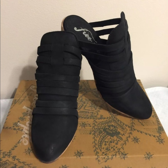 Free People Shoes - Free People Byron mules size 6 NIB MSRP $160